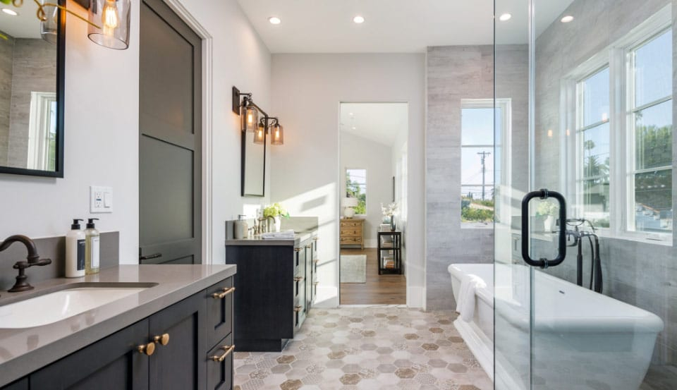 Master bathroom, double sinks, separate tub and shower